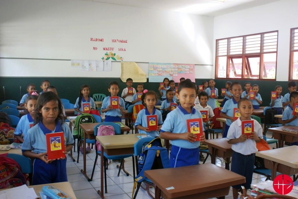 """Reprint of the Child's Bible """"God speaks to his children"""" in Tetum for the Salesian Schools in East Timor - 10,000 copies"""