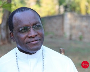 """Archbishop Martin K. Musonde of the diocese Mombasa in Kenya wants to strengthen the Christians faith in his diocese. """"The life of Catholics in Kenya is catechism. There are places, where a priest comes only three times the month"""", he points out. Around 500 catechists serve the church, where there is no regular priest. Catholics in Mombasa compose a minority of 11%. The Islamic leaders try to catch young people in the way that the pay the formation but ask them to become Muslim."""
